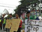 Mahasiswa Tuban Gelar Aksi Solidaritas Kekerasaan Terhadap Guru